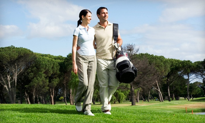 Columbia Lakes Resort - West Columbia: $125 for a One-Night Cottage-Suite Stay and Two Rounds of Golf for Two at Columbia Lakes Resort in West Columbia ($428 Value)
