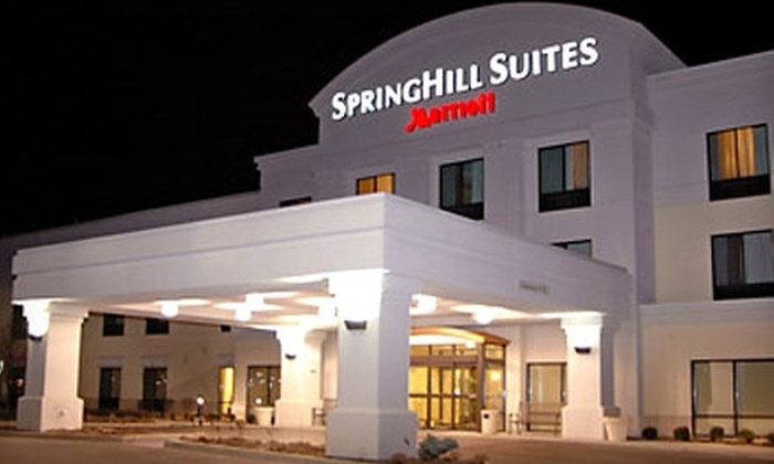 SpringHill Suites Grand Rapids Airport - Cascade: $69 For a One-Night Stay and Two Drinks at SpringHill Suites Grand Rapids Airport Southeast ($149 value)