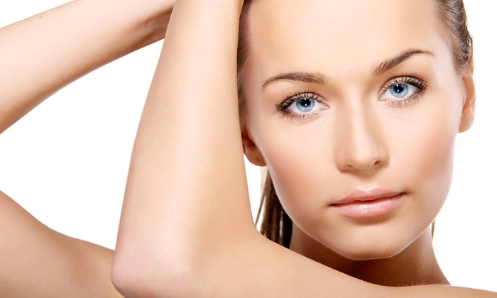 House Of Glow - Westend: One, Two, or Four Acne Peels with Crystal Therapy at House Of Glow (Up to 56% Off)