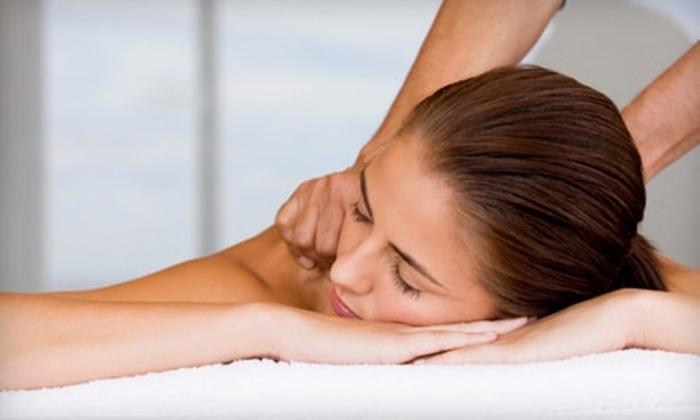 Wellness Naturally Chiropractic - Rutland Park: $22 for a Half-Hour Massage at Wellness Naturally Chiropractic ($45 Value)