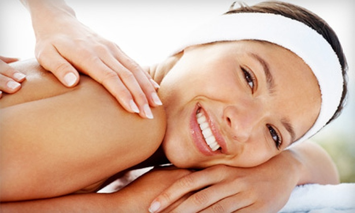 Moon Chiropractic - Coraopolis: $29 for a Chiropractic Package with Evaluation and 60-Minute Massage at Moon Chiropractic in Moon Township ($150 Value)