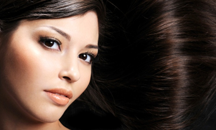 Jae D's Salon and Spa - Crestwood: $99 for a Brazilian Blowout Zero and a Complimentary Glass of Wine or Champagne at Jae D's Salon and Spa ($300 Value)