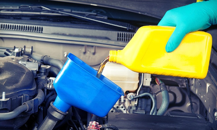 AutoHaus of Boulder - Ara,East Boulder: One or Two Synthetic Oil Changes with Up to 7 Quarts of Oil at AutoHaus of Boulder (Up to 60% Off)