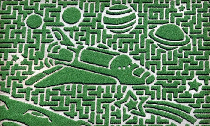 Sever's Corn Maze - Shakopee: Single or Family Four-Pack Admission to Sever's Corn Maze in Shakopee. Four Dates Available.