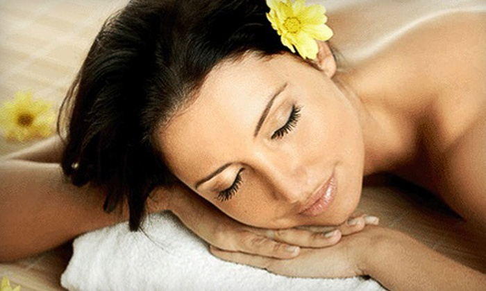 Crossing Chiropractic and Massage Wellness Center - Mason: $30 for a One-Hour Relaxation Massage at Crossing Chiropractic and Massage Wellness Center in Mason ($70 Value)