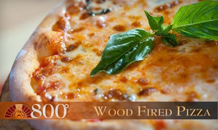 800 Degrees - Fort Wayne: $7 for $15 Worth of Pizza and Italian Fare at 800 Degrees