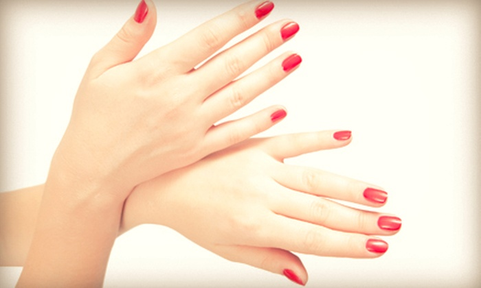 Salon LimeLight - Berlin: One or Three Gel Manicures with Optional Blowouts at Salon LimeLight (Up to 62% Off)