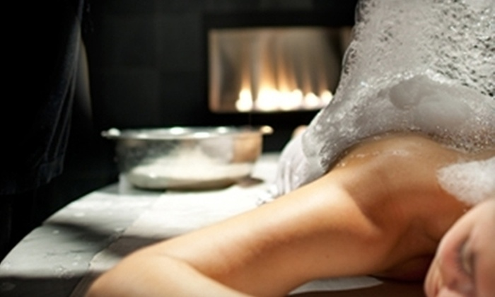 Valeo - Loop: $185 for a Couple's Massage Experience with Wine at Valeo in the JW Marriott ($375 Value)