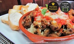 Bar Kremer: Bar Kremer – Vila Arens: porção de isca de mignon ou de frango à parmegiana +  chope para 2 ou 4 pessoas