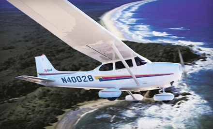 2-Hour Introductory Flight Lesson (a $298 value) - Wings Aloft BFI in Seattle