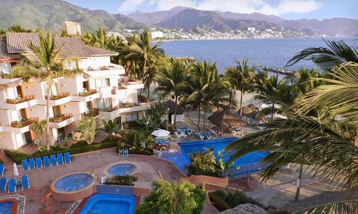 Friendly Vallarta Beach Resort & Spa - San Diego: All-Inclusive Four-Night Stay with Tour at Friendly Vallarta Beach Resort & Spa in Puerto Vallarta, Mexico