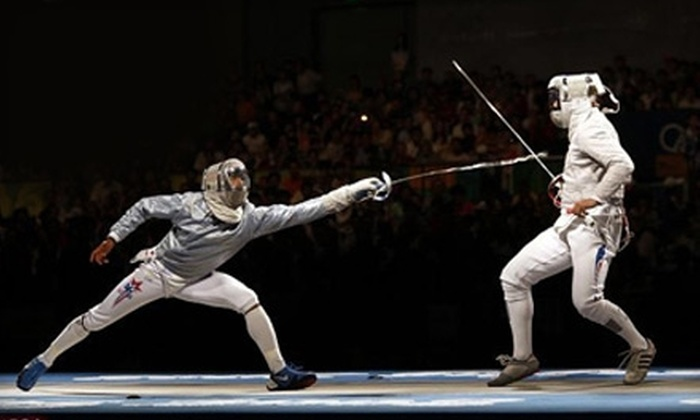 Gryphon Fencing - Orange County: $25 for Four Beginners' Fencing Classes at Gryphon Fencing ($60 Value)