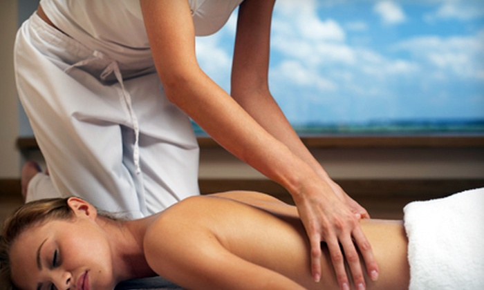 MONA LISA ECO SPA'LON - Mayfield Heights: $60 for Two Aromatherapy Massages at Mona Lisa Salon & Spa ($170 Value)