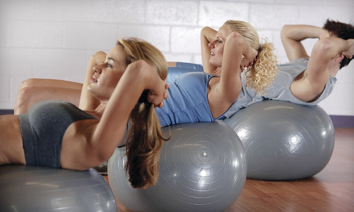 FitStudios - Markham: $25 for 20 Boot-Camp Classes and a $15 Juice-Bar Credit at FitStudios in Markham ($315 Value)