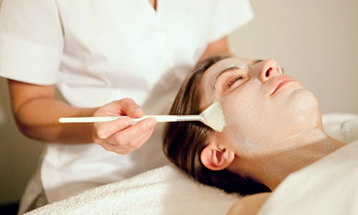 Body Rituals Boutique Spa - Near North Side: $90 for a Massage Package with a Lava-Shell Upgrade and Seaweed Facial Mask at Body Rituals Boutique Spa ($190 Value)