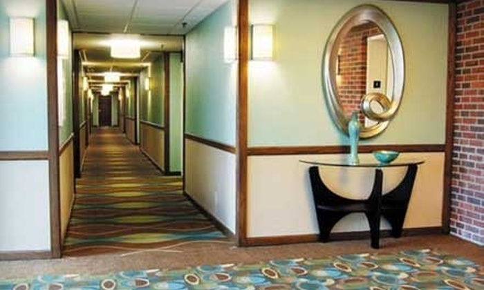 Q Hotel + Spa - Midtown,Westport,Roanoke: $74 for a One-Night Stay with Parking, Plus a $30 Massage Credit at Q Hotel + Spa in Kansas City (Up to $157 Value)