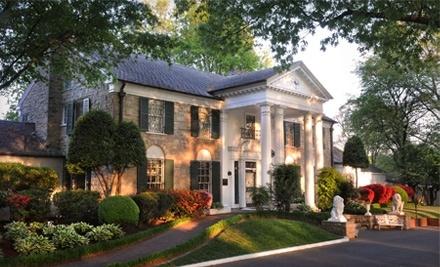Elvis Presleys Graceland Mansion  - Elvis Presleys Graceland Mansion  in Memphis