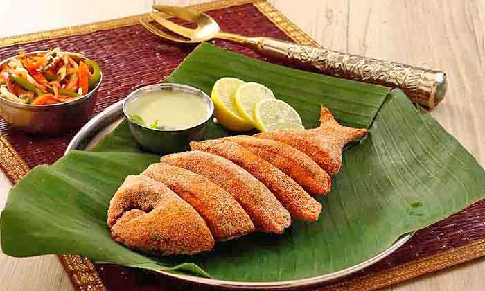 Chicken, Mutton & Seafood Thalli at Maratha Samrat ...