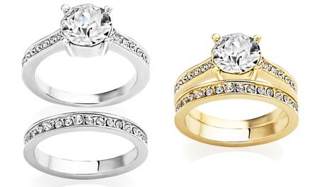 Conjunto de dois anéis solitários com cristais disponíveis em ouro branco ou amarelo por 16,99€