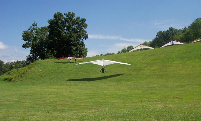 Mountain Wings Inc - Ellenville: $130 for a Full-Day Intro to Hang-Gliding Lesson from Mountain Wings Inc ($220 Value)