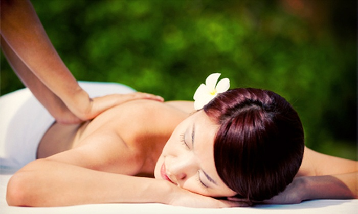 EM Beautician School of Canada & Spa - EM Beautician School of Canada and Spa: One or Two One-Hour Japanese Full-Body Massages at EM Beautician School of Canada & Spa (58% Off)