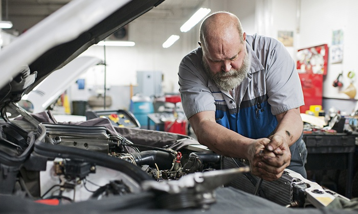 Smith & Hunter - Kensington: MOT Test with 10% Off Car Repair at Smith & Hunter (64% Off)