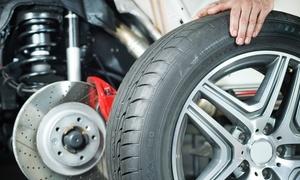 Autofficina Pedroni: Cambio gomme auto fino e oltre 2000 cc da Autofficina Pedroni (sconto fino a 64%)