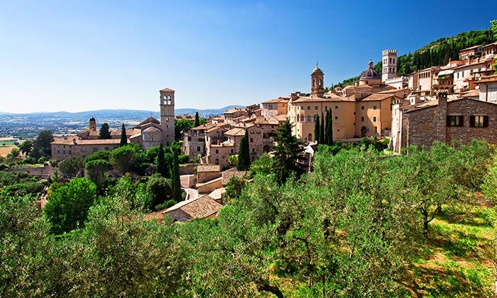 Il Noceto di Assisi - IL NOCETO (ASSISI): Umbria, Il Noceto di Assisi - Soggiorno con colazione e accesso piscina a 34 € o in mezza pensione da 49 € per 2 persone