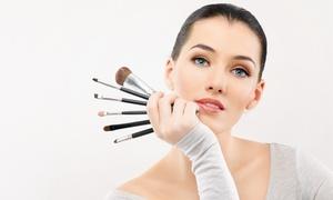 Kosmetikstudio Wexeler Bonn: 2,5 Std. Make-up-Workshop für 1 oder 2 Personen im Kosmetikstudio Wexeler ab 19,90 € (bis zu 83% sparen*)