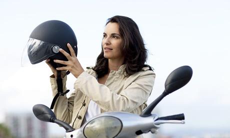 3 o 7 clases de perfeccionamiento de conducción de moto y 1 o 3 de circulación desde 59,95 € en Autoescuela Palomero