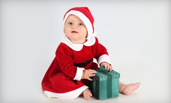 East Greenwich Photo & Studio - East Greenwich: $59 for a Holiday-Photo-Shoot Package with Prints and Holiday Cards from East Greenwich Photo & Studio ($328 Value)