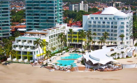 4-Night All-Inclusive Puerto Vallarta Vacation with Airfare