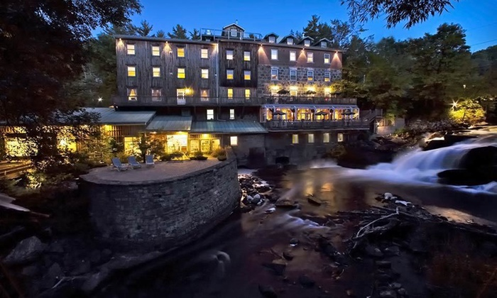 null - Ottawa: Stay with Daily Breakfast or Dinner at Wakefield Mill Hotel & Spa in Gatineau Park, QC