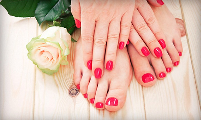 Spa Mia Bella - Maryville: $35 for an OPI Gel-Polish Manicure and a Spa Pedicure at Spa Mia Bella ($75 Value)