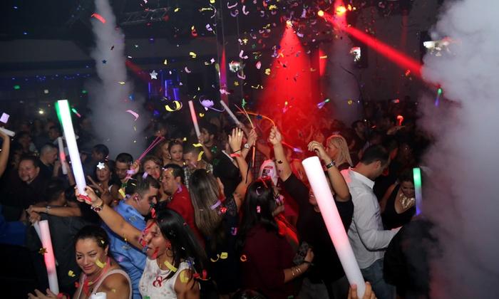 La Trasnochada 2016 - Giggles Night Club: La Trasnochada 2016 Cumbia NYE Party on December 31 at 9 p.m.