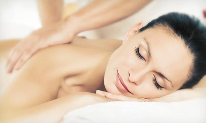SynChi Holistic Wellness Center - Downtown Decatur: $30 Worth of Holistic Healing Treatments