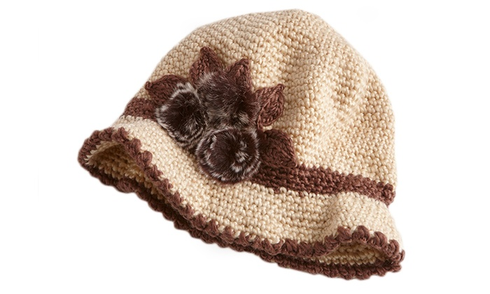 A and G Clothing - In-Store Pickup: $10 for a Women's Winter Fashion Knit Hat with In-Store Pickup at A&G Clothing ($20 Value)