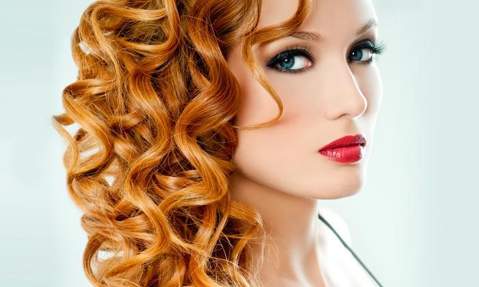Fashion Hair Line Mary - Catania: Taglio, maschera specifica, piega e trattamenti aggiuntivi da 14 €