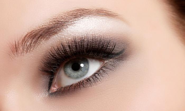 Fluffeys Lash Parlor - Fluffeys Lash Parlour: Classic Silk Eyelash Extensions with Optional Touchup at Fluffeys Lash Parlor (71%Off)