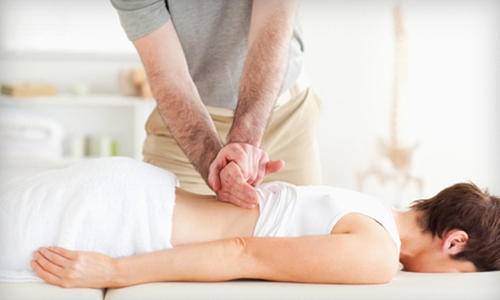 Mabanta Chiropractic & Wellness - Huntington: $39 for Massage with Consult and Pain Evaluation at Mabanta Chiropractic & Wellness ($165 Value)