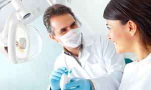 Dr. Matteo Cesetti: Visita odontoiatrica con pulizia dei denti e sbiancamento LED