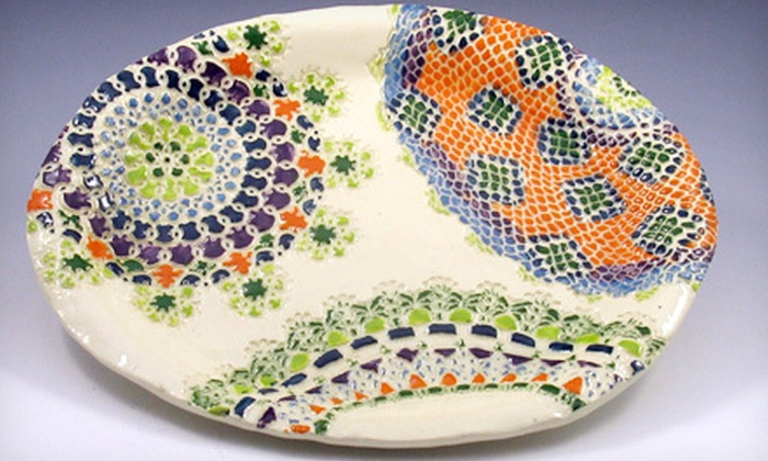 Terra Incognito - Oak Park: $20 for a 90-Minute Lace-Pattern Plate Pottery Class at Terra Incognito ($40 Value)