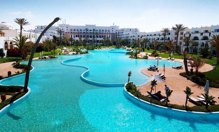 Agadir: 1 à 9 ou 14 nuits avec petit déjeuner et accès bien-être au Palais des Roses 4* pour 2 adultes et 2 enfants