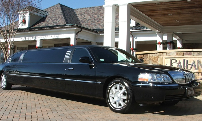 Gianni's Limo - West Palm Beach: One Hour of Limo Rental from Gianni's Limo (60% Off)