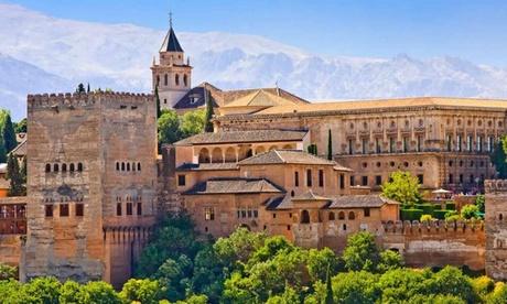 Granada: estancia en habitación doble o twin para 2 personas con desayuno y Parking gratuito en Hotel Urban Dream Nevada