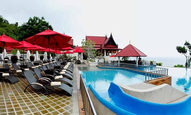 Phuket: 4* Aquamarine Resort 9