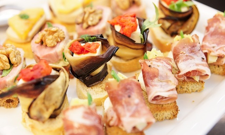 Catering salado y dulce para 12 o 24 con 144 o 288 piezas desde 49,90€. Envío incluido en Barcelona centro