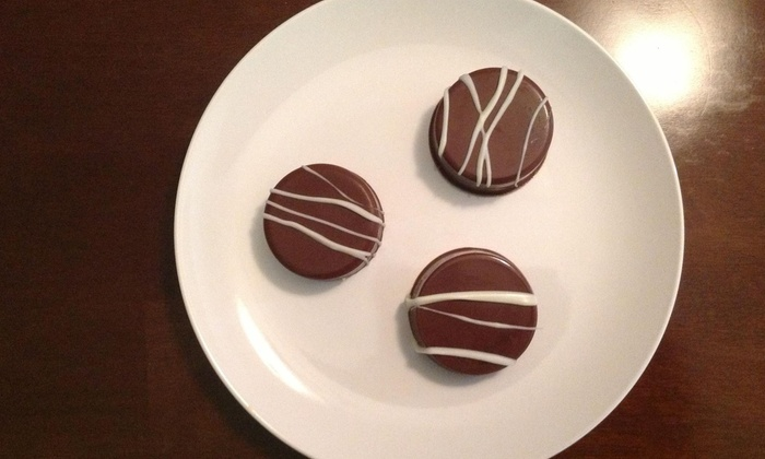 Inabella's Sweet Events - Miami: One, Two, or Three Dozen Chocolate-Covered Oreos with Delivery from Inabella's Sweet Events (Up to 58% Off)