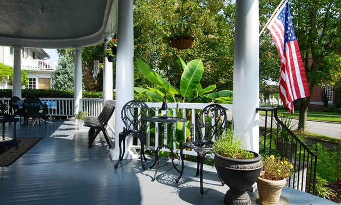 Captain's Quarters Inn - Edenton, NC: 2-Night Stay for Two with Optional Barbecue Class at Captain's Quarters Inn in Edenton, NC