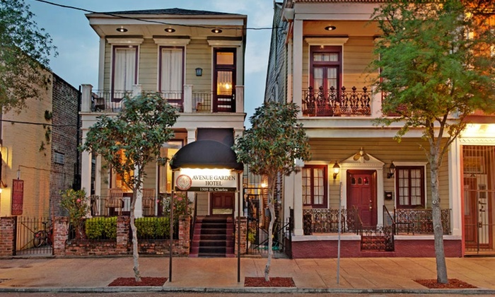 null - New Orleans: Stay at Historic Streetcar Inn in New Orleans, LA
